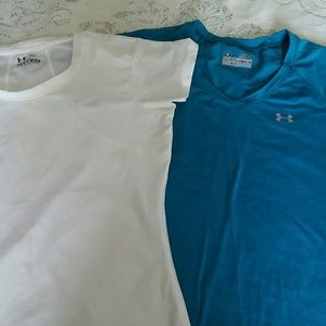 2 Under armour tees. Pre-own Good condition.